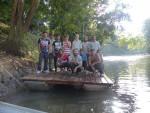Groupe sur ponton flottant